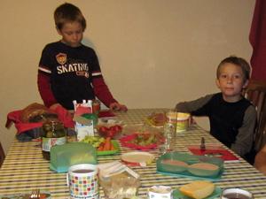 Abendessen_jungs